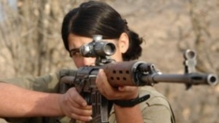 PKK woman soldier